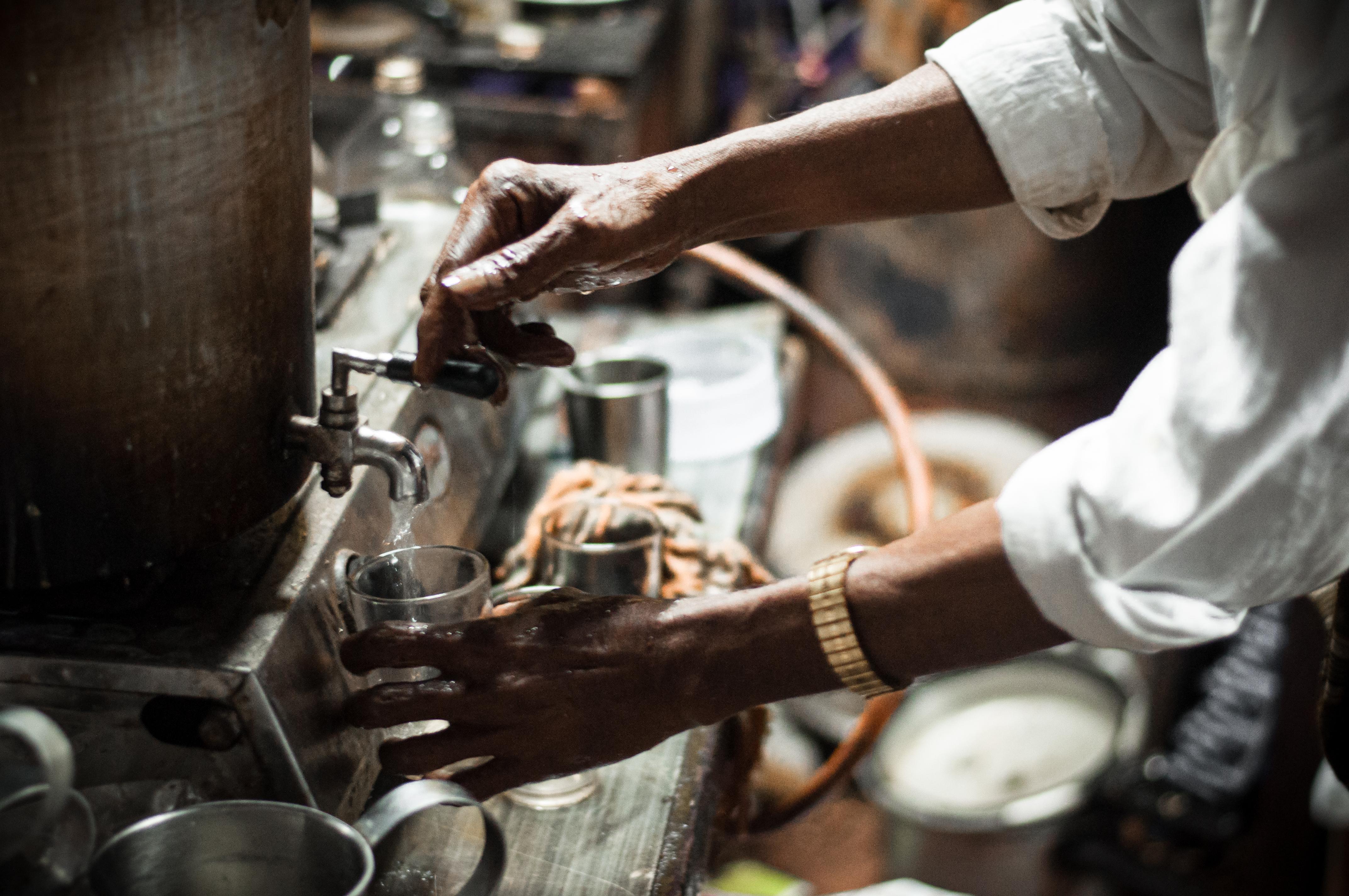Ein Chai wie in Indien? folgen Sie unserem Rezept, um einen Spicy Masala Chai zu kreieren.